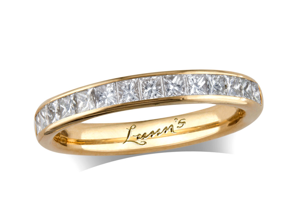 Click here to view this wedding ring - ID#1271010014 - in stock at Queens Arcade, Belfast today