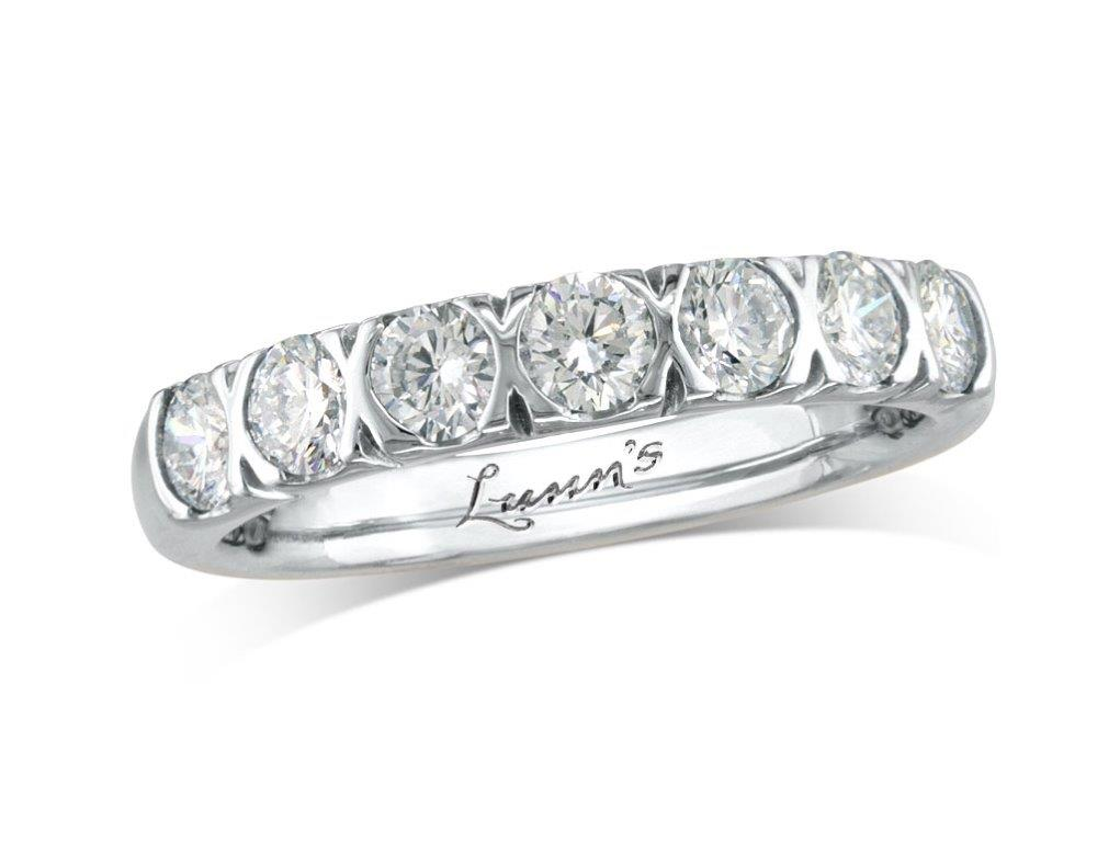 Click here to view this wedding ring - ID#1271110571 - in stock at Queens Arcade, Belfast today