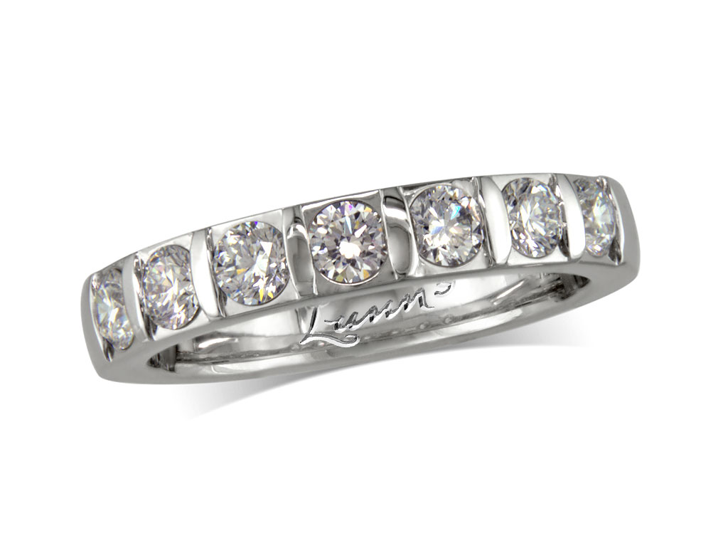 Click here to view this wedding ring - ID#1260110127 - in stock at Queens Arcade, Belfast today