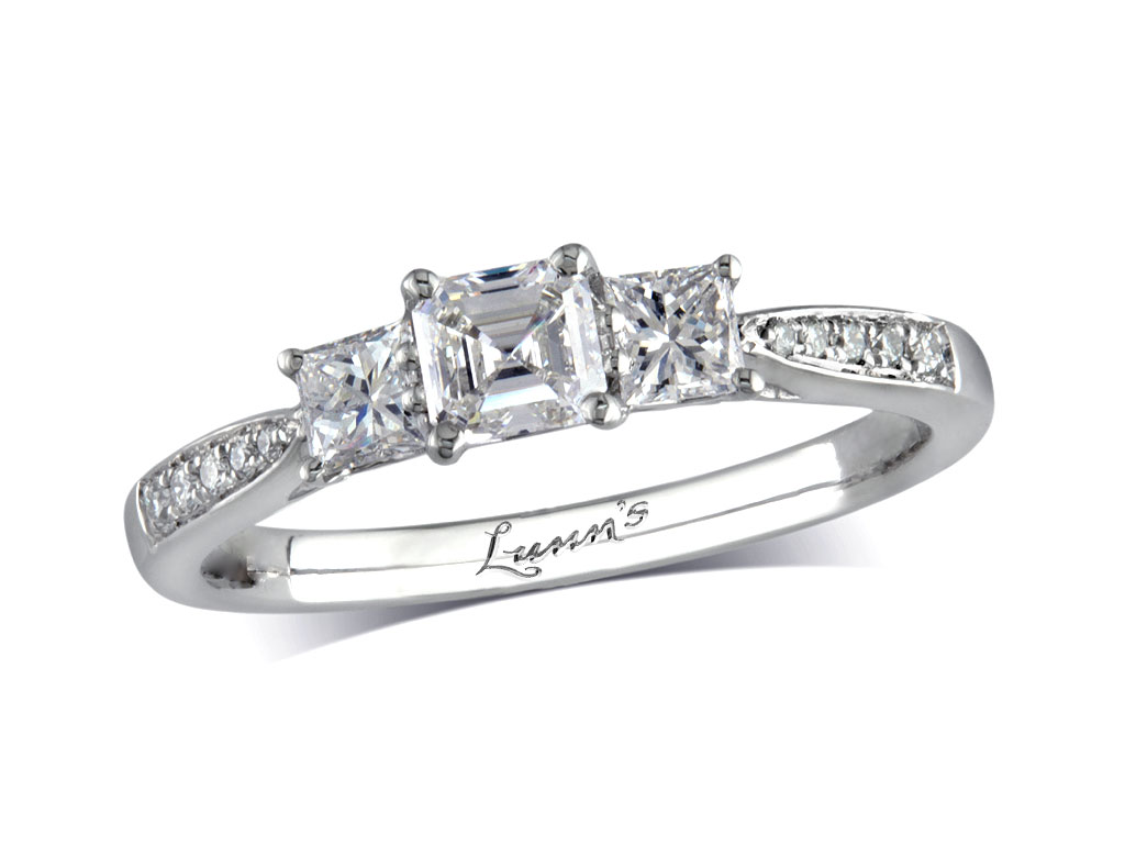 Click here to view beautiful engagement rings - ID#1350140577 - in stock at Queens Arcade, Belfast today