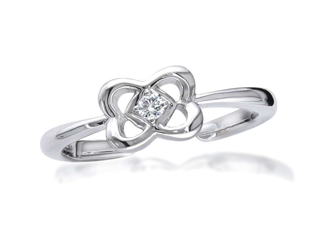 A 0.04ct, Brilliant, , Proposal Rin. You can buy online or reserve online and view in store at , Victoria Square, Belfast