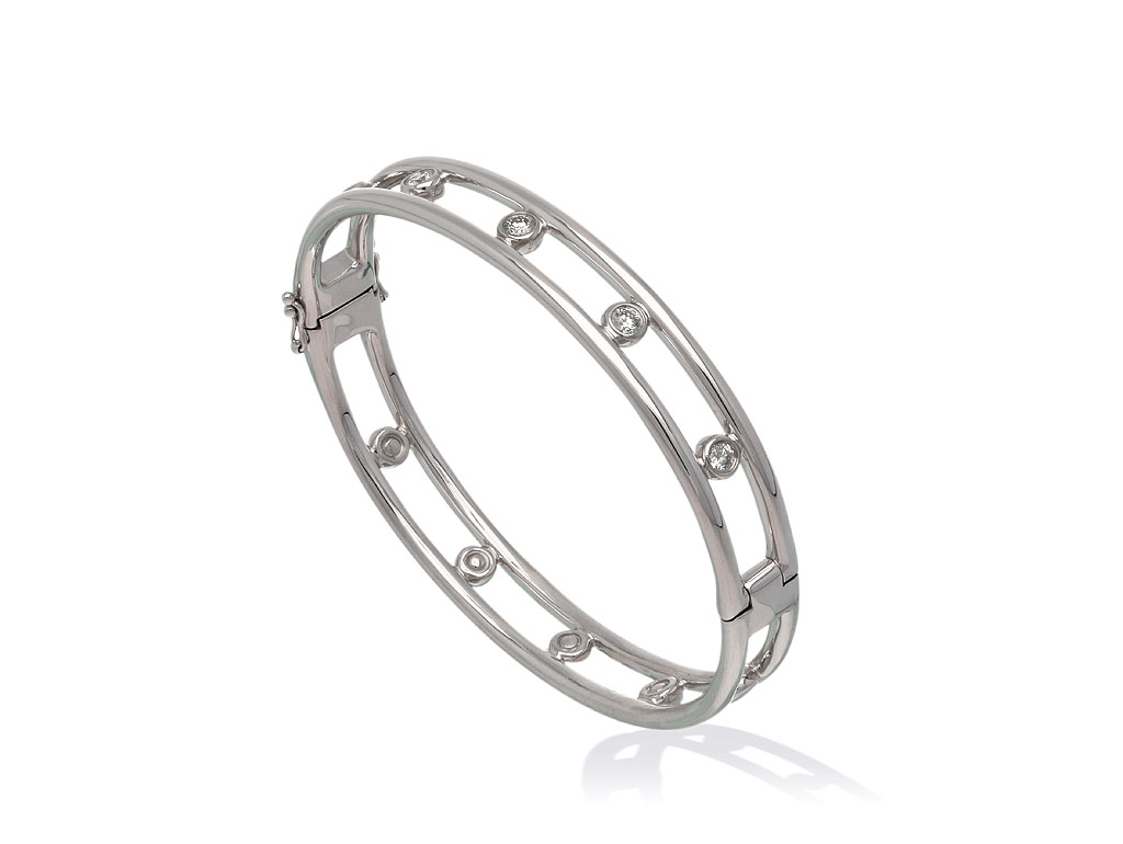 Total bracelet love diamonds bangle 5d for Lindenwold fine jewelers jewelry showroom price