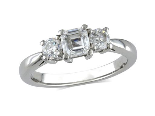 Pre-owned platinum set three stone diamond engagement ring, with a certificated asscher cut centre in a four claw setting, and one brilliant cut on each shoulder. Total diamond weight: 0.92ct.