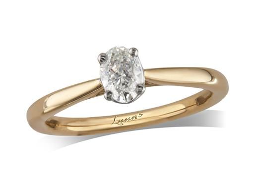 18 carat yellow gold set single stone diamond engagement ring, with a certificated oval cut, in a four claw setting. Perfect fit with a wedding ring.